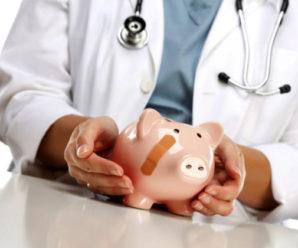 На Прикарпатті серйозні проблеми із виплатою зарплат медикам