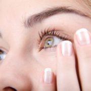 Як сучасні гаджети впливають на зір та що потрібно знати при виборі?