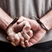"""На Прикарпатті молодик взяв """"покататись"""" авто знайомого, після чого його затримали поліціянти"""