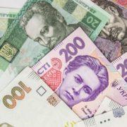 Курцям на замітку: в Україні зміняться ціни на сигарети