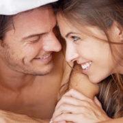 Історія одного кохання: незаймана і любитель порно