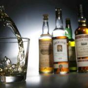 В Івано-Франківську продають алкоголь дітям. ВІДЕО
