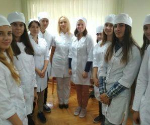 У франківському медуніверситеті заступили на навчання перші ерготерапевти. ФОТО