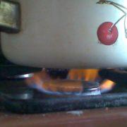 «Слабкий газ»: франківці не можуть зварити вареники. ФОТО