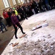 Соромно не за вчителя, а за студентів. У Ставрополі студенти підмішали вчителю психотропні речовини (відео)