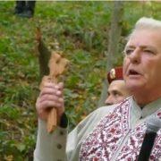 Купка олігархів тримають все у своїх руках: прикарпатський священик вразив емоційною промовою. ВІДЕО