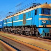 Укрзалізниця планує запустити прямий поїзд з Донецької області в Івано-Франківськ