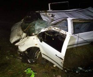 На Косівщині Mercedes злетів з моста: троє молодих хлопців у лікарні. ФОТО
