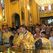 Після молитви біля мощей св. Партенія віруючі зцілялися навіть від онкології