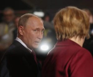 """Меркель переконала Путіна змінити """"миротворчий"""" план на Донбасі"""