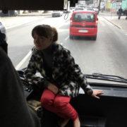 В Івано-Франківську водій автобуса возить дівчат на панелі (ФОТО)