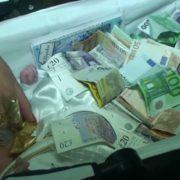 Безліч золота і тисячі євро: циганські хрестини у 40 кілометрах від Ужгорода (відео)