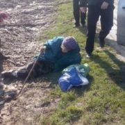 «Вона мені не потрібна»: львів'янка вивезла свою матір в поле, щоб отримати її квартиру? (ФОТО)