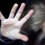 В Івано-Франківську збоченець на очах у школярів регулярно справляє сексуальні потреби (Відео)