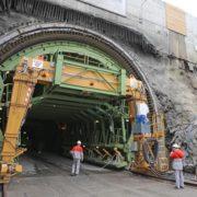 У Карпатах добудували новий Бескидський тунель