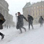 Готуйтеся: шторм вдарить по Україні, а в понеділок буде ще гірше