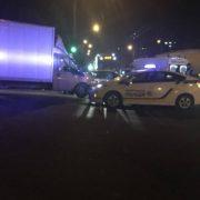 Подробиці ДТП поблизу АС-2 у Франківську. Вантажний фургон врізався в автівку на польських номерах – троє потерпілих
