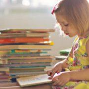 Як привчити дитину до читання? Небайдужі франківці придумали спосіб