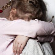 П'яний батько зґвaлтувaв свою 9-річну доньку-інваліда: суд виніс вирок
