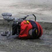 Неочікувана знахідка: На Полтавщині біля дороги стояв візок з немовлям