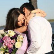 Закохалася в однокласника-очкарика, а заміж пішла за красеня