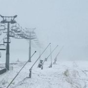 """Гірськолижний курорт """"Буковель"""" знову засипало снігом (фото)"""