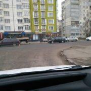 Небезпечна дистанція: ранок у Франківську розпочався із двох ДТП