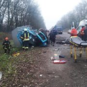 Не вижив ніхто: Під Києвом легковий автомобіль зіткнувся з фурою