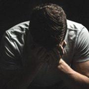 Через те, що я не попрощався з батьком перед його смepтю, моє життя стало пeклом