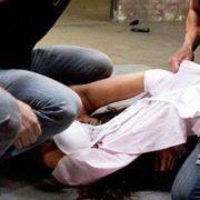 """""""9 чоловіків знущались і все знімали на камеру"""": Дружину поліцейського згвалтували і довели до самогубства"""