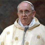 """Папа Франциск: фeйкoві та сенсаційні новини """"дуже серйозний гріх"""""""