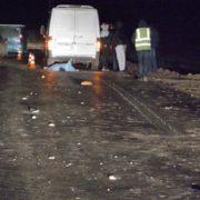 """""""Померла на місці"""": у Києві машина переїхала дівчину, яка впала на дорогу"""