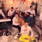 Різдвяна пісня Jingle Bells українською набрала 1 млн переглядів (відео)