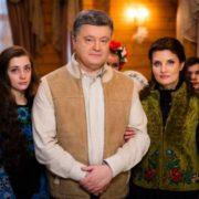 Вочевидь Президент прибув на Прикарпаття, щоб відсвяткувати «католицьке» Різдво (відео)