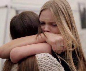 """""""Ти хотіла — ти і рости"""", – сказала горе-мати і зникла з життя дівчаток"""