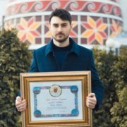 Благодійник з Прикарпаття отримав грамоту від Папи Римського. ФОТО