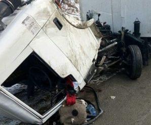 Жахлива ДТП на Прикарпатті: водій вантажівки загинув після зіткнення з основою моста