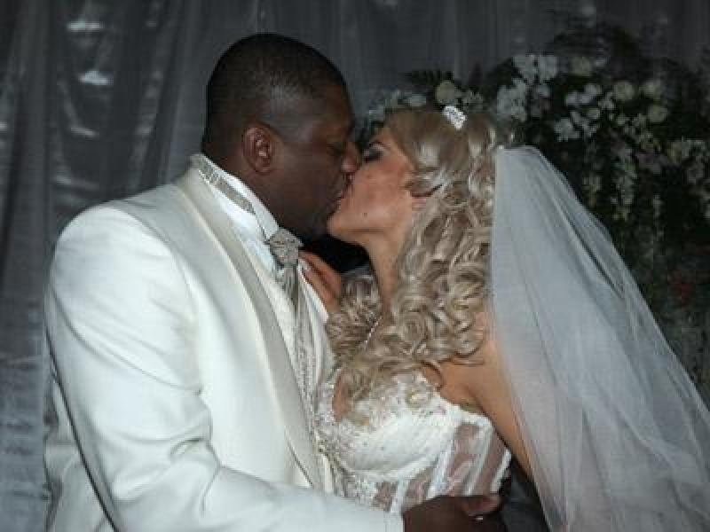 Свадебные клипы с негром и белой девушкой