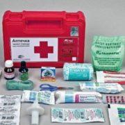 Без таблеток і зеленки: МОЗ оновить склад автомобільних аптечок