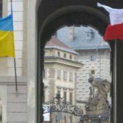 """""""В країні бракує робочої сили"""": уряд Чехії ухвалив рішення, яке дозволить вже цього року прийняти на роботу до 20 тис українців"""
