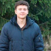 Безкоштовний Wi-fi, відремонтовані дороги, …. Наймолодший в Україні голова подарував друге життя селу