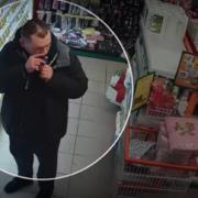 """Затримали """"на гарячому"""": у одному з супермаркетів Франківська викрили чергового злодія"""