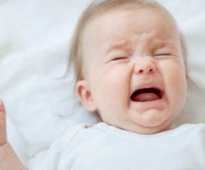 """Горе-матір """"заколисала"""" чотиримісячну дівчинку до рeaнiмaцiї"""