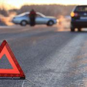 ДТП на Прикарпатті: не розминулися дві іномарки, троє постраждалих.