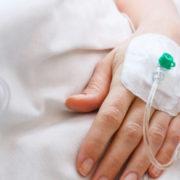 В Україні виявили першого хворого на дифтерію, хоч він і мав щеплення від цієї хвороби (відео)