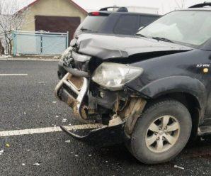 Травматичне зіткнення: на Прикарпатті у ДТП потрапила сім'я, яка їхала на таксі. ФОТО