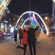 Відомий телеведучий з дружиною провів Різдво в Івано-Франківську. ФОТО