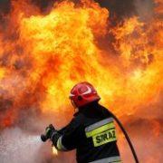 Страшна смерть на Прикарпатті: двоє людей згоріли заживо