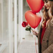 Що в жодному разі не можна дарувати до Дня закоханих