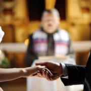 Як воно – жити у шлюбі з іноземцем? Жінки розповіли про особливості таких чоловіків